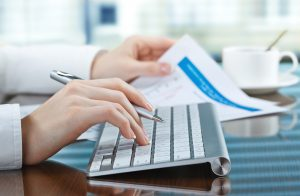 4 Signs Your Business Needs a Bookkeeper